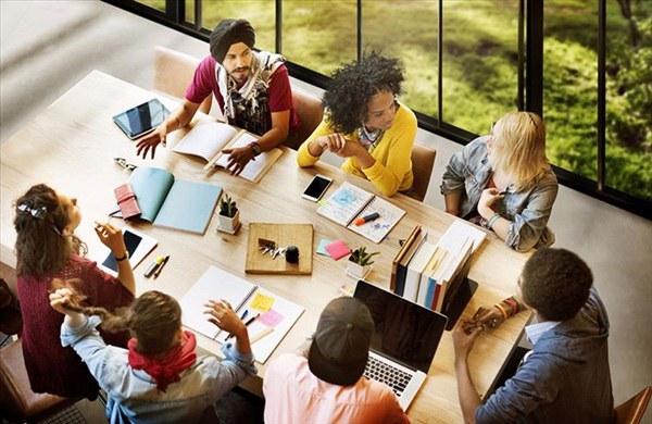 ایجاد فضای کاری مناسب در استارتاپ ها با کمترین هزینه